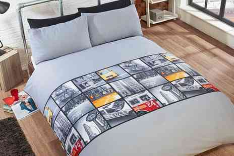 Groupon Goods Global GmbH - Rapport Home The Big Apple Duvet Set in Grey - Save 0%