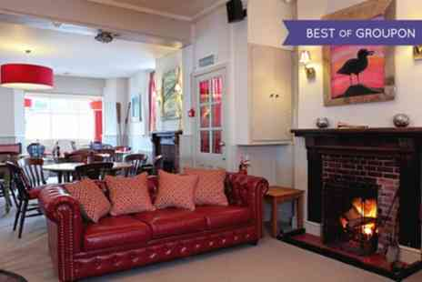 The Kings Arms - Up to 3 Nights Stay for Two with Breakfast - Save 0%