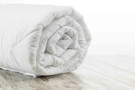 Discover Direct - 15 tog bounce back winter duvet crafted in the UK available in single, double or king size - Save 80%