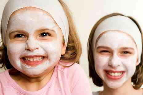 Little Miss VIP - VIP Spa Party for Ten Kids - Save 49%