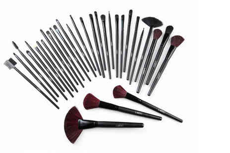 LaRoc - 32 piece makeup brush set - Save 80%