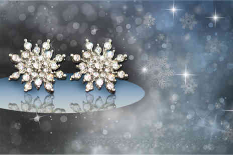 LOVETTIUK - Pair of crystal snowflake earrings choose from gold or silver plated - Save 69%