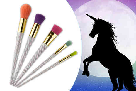 Forever Cosmetics - 5pc unicorn brush set - Save 85%