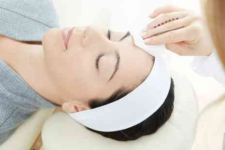 Studio Beauty & Aesthetics - Pamper Package with Back, Neck and Shoulder Massage, Facial Peel and Face Mask - Save 0%