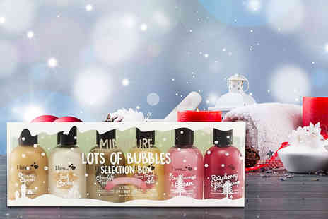 Orion GB - An I Love Lots of Bubbles bubble bath and shower creme gift set choose from a festive or fruity selection - Save 63%