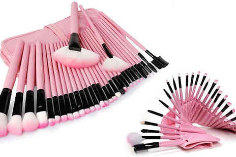 Orchid Deal - 32 Piece Professional Make Up Brush Set with Case - Save 0%