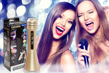 Gadgetmaster - Two In One Bluetooth karaoke and sound effects microphone - Save 67%
