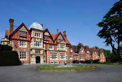 Pendley Manor - Four Star 3 nights Stay in a Classic Double Room - Save 28%