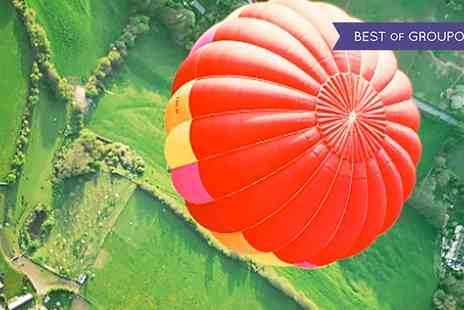Ballooning in the Cotswolds - Balloon Flight for Two - Save 47%