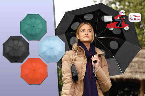 Easylife - StayDry windproof umbrella choose from blue, red, black and green - Save 56%