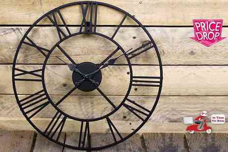 Funky Buys - 40cm metal Roman numeral clock - Save 69%