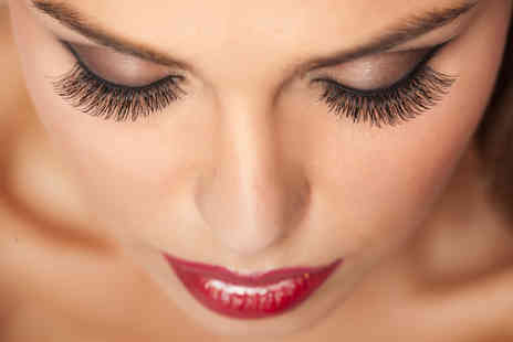Gedds Unisex Hair & Beauty Salon - Semi permanent eyelash extensions or extensions using mink eyelashes - Save 58%