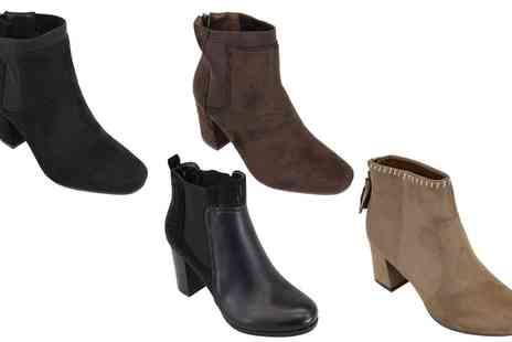 Groupon Goods Global GmbH - Womens Chelsea Heeled Ankle Boots - Save 0%