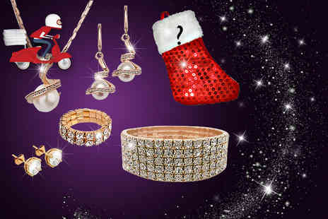 Wowcher Direct - Six piece jewellery set including a mystery gift choose from four sets - Save 0%