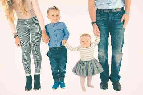 David Boynton Photography - Family or group photoshoot with a 7 x 5 Inch print and mug of your favourite image - Save 91%