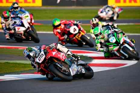 Silverstone - Race Day ticket to 2017 MCE Insurance British Superbike Championship at Brooklands Riders Lounge Hospitality - Save 0%