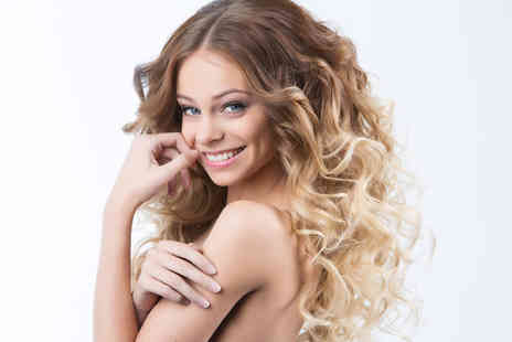 Selina's Beautique - Cut, deep conditioning treatment, blow dry and ombre or balayage dye - Save 75%