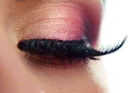 HeadKASE - Eyelash Tint, HD Brows or Both - Save 0%