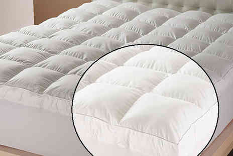 Gorgeous Selection - Goose Feather and Down Mattress Topper in 4 Sizes - Save 60%