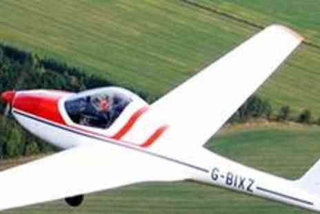 Hinton Pilot Flight Training - One hour flying experience with DVD - Save 75%