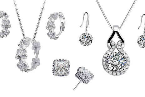 Elle and Be - Valentines Mystery Jewellery Gift Pendant Sets, Hoop Earrings, Studs and More - Save 83%