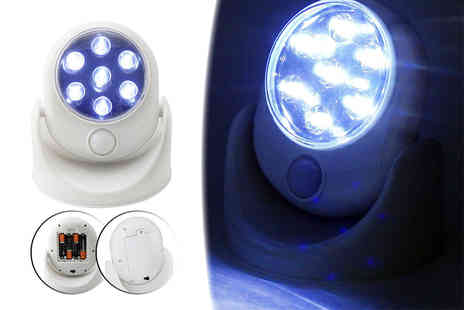 ViVo Technologies - Motion activated LED security light - Save 71%