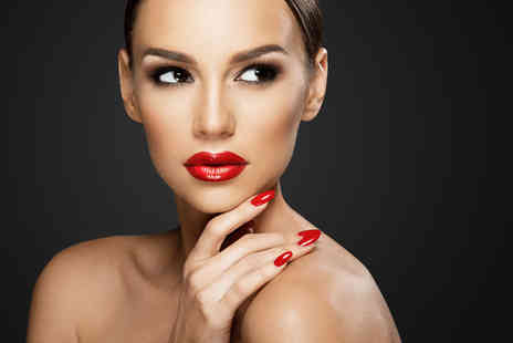 Flawless Hair & Beauty - One to one makeup masterclass with a glass of Prosecco - Save 44%