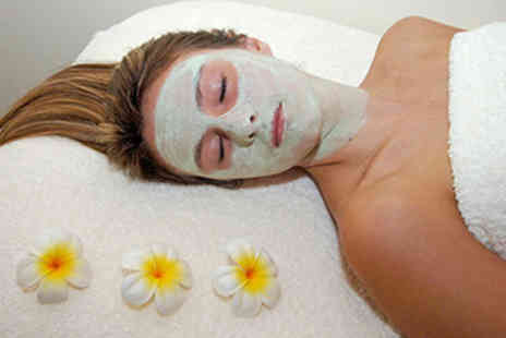 The Retreat Beaconsfield - Hydra Lift Collagen Facial - Save 35%