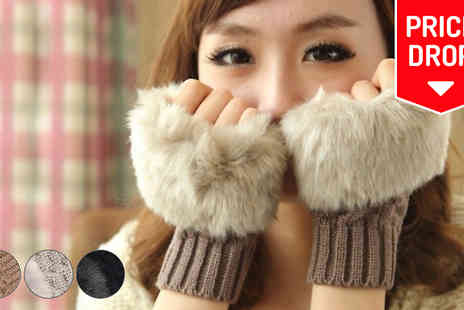Bonicaro Design - Faux Fur Gabbie Gloves - Save 83%