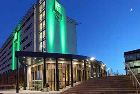 Holiday Inn - Relaxing Sunday Spa Break for Two in Reading - Save 38%