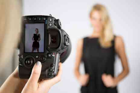 Balance Photography Studio - 90 Minute Valentines Day Photoshoot with 10 Prints - Save 93%