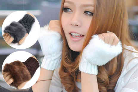 Boni Caro - Pair of faux fur fingerless Gabbie Gloves choose from five colours - Save 83%