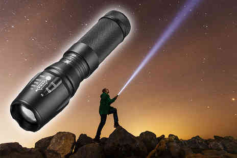 Cappie International AB - 3000LM Cree XML T6 LED tactical torch - Save 64%