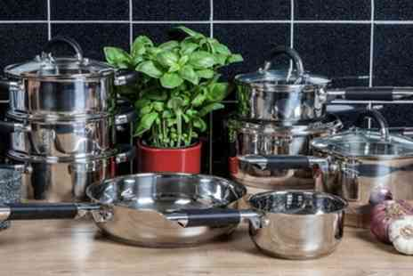 Groupon Goods Global GmbH - Tower Essentials Eight Piece Pan Set With Free Delivery - Save 69%