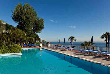 Continental Mare - Four Star 3 nights Stay in a Double Balcony Sea View Room - Save 44%