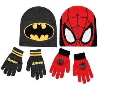 Ckent - Hat and gloves set, saving kids from the cold in Batman and Spider man designs - Save 50%