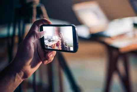 Live Academy Education - Online smartphone photography diploma - Save 97%