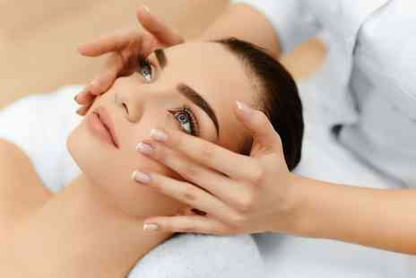 Shumailas Salon - 40 Minute Facial with Blackhead Extraction - Save 46%