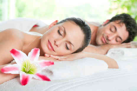 Body & Mind Salon - Valentines couples massage - Save 72%