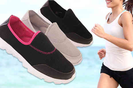 Solewish - Womens Workout Pumps Available in Three Colours And Five Sizes - Save 70%