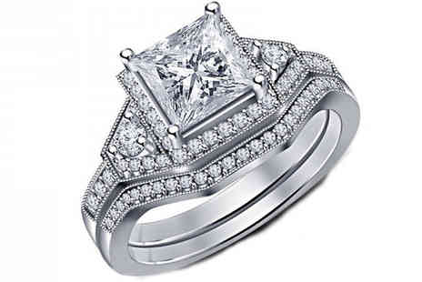 Fakurma - Double Simulated Crystal Ring Set - Save 93%