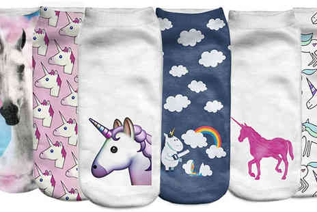 DooHickey Hut - 6 Pack of Assorted Unicorn Socks - Save 80%