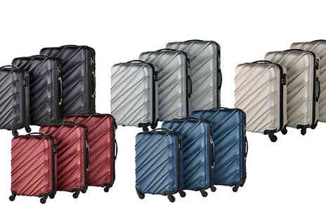 Fakurma UK - 4 Wheeled Lightweight 3 Piece Luggage Set in 5 Colours - Save 84%