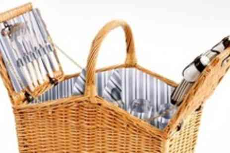 Discount Emporium - Four Person Picnic Hampers with wine bottle holder - Save 50%