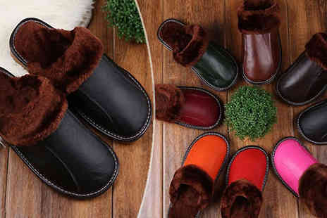 Bazaar-me - Faux Fur Lined Unisex Slippers Available Seven Colours - Save 71%