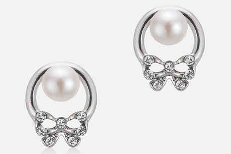 pearlshed - Freshwater Pearl and Bow Stud Earrings - Save 75%