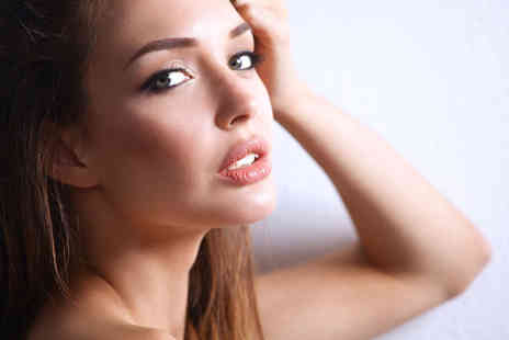 Top Lips - 0.5ml or 1ml Xela dermal filler lip plump treatment or 0.5ml Juvederm treatment - Save 64%