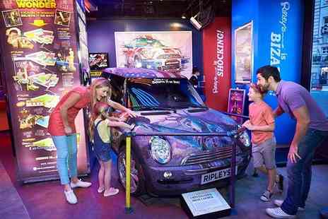 Buyagift - Two adult tickets to Ripleys Believe It or Not with fast track entry in Piccadilly Circus - Save 0%