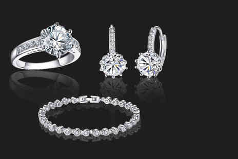 Your Ideal Gift - Clear crystal jewellery tri set - Save 93%