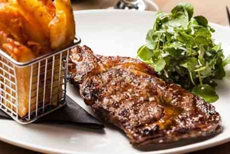 The Queens Head Belton - Steak Meal & Prosecco for 2 - Save 48%